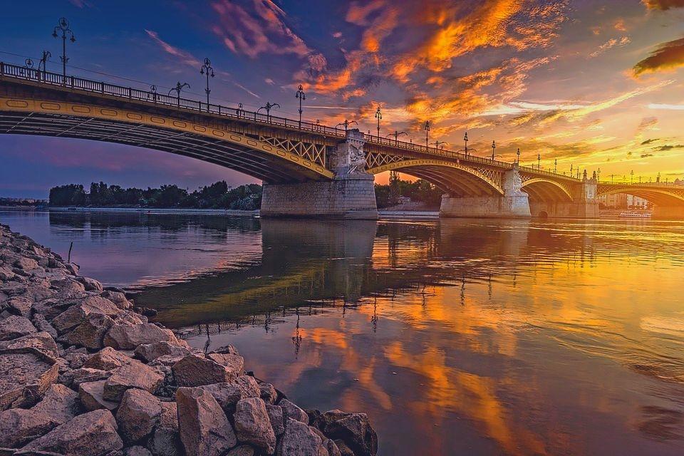 BUDAPEST, con volo da Cagliari, 4 giorni