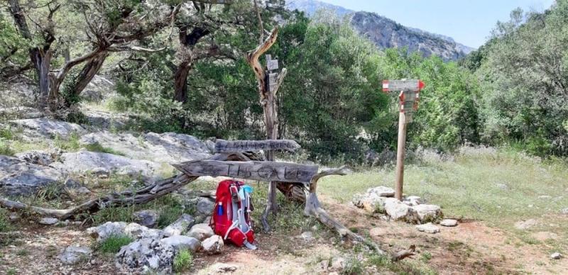 OLIENA, VILLAGGIO TISCALI e SORGENTE SU GOLOGONE, 1 notte NATURA in Sardegna