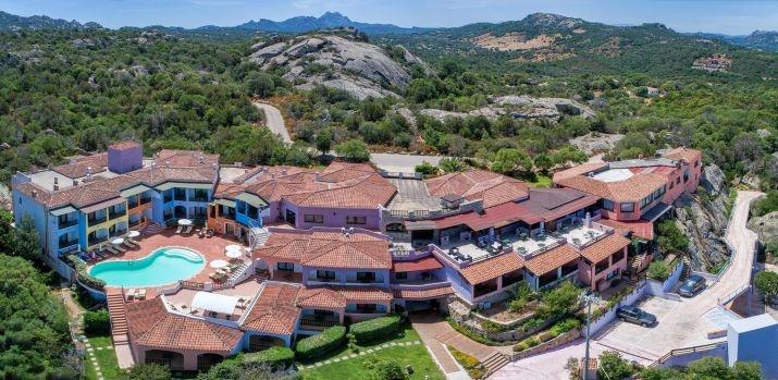 BAJA SARDINIA, Li Graniti Hotel & SPA 4* HOTEL in Sardegna