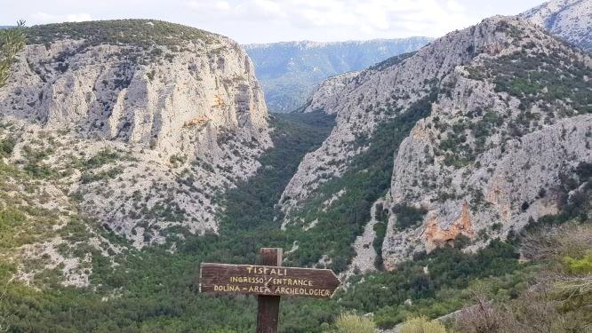 DORGALI e VILLAGGIO TISCALI in escursione guidata NATURA in Sardegna