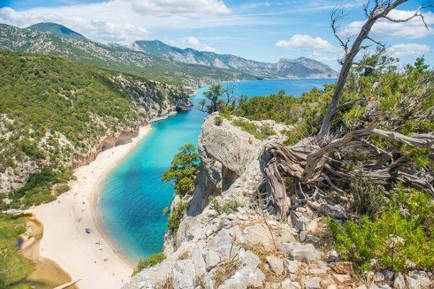 Tour trekking ''BARBAGIA'', in 5 giorni, da Olbia NATURA in Sardegna